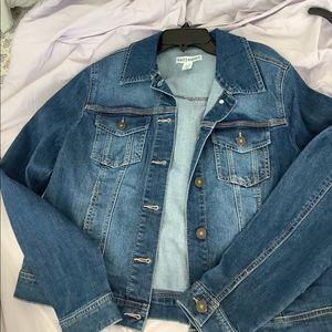 ❣️ BRAND NEW ❣️ dark wash jean jacket - artisan NY